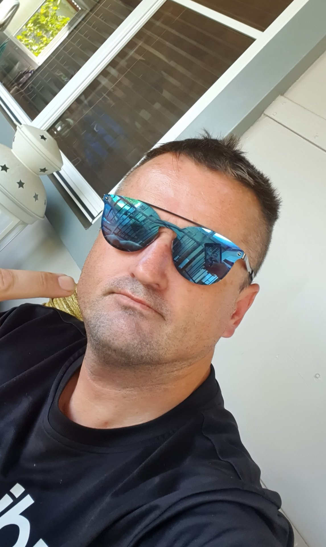 Neilyboy82  from New South Wales,Australia